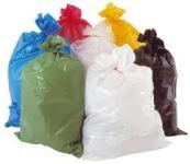 Farbige Müllsäcke