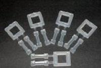 Verschlussschnallen aus Kunststoff<br/>weiß gezahnt